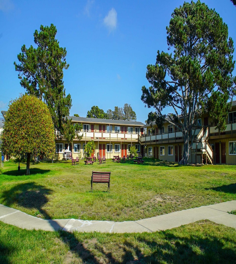 ENJOY AFFORDABLE LODGING, SELECT AMENITIES, <br> AT OUR SAN SIMEON MOTEL