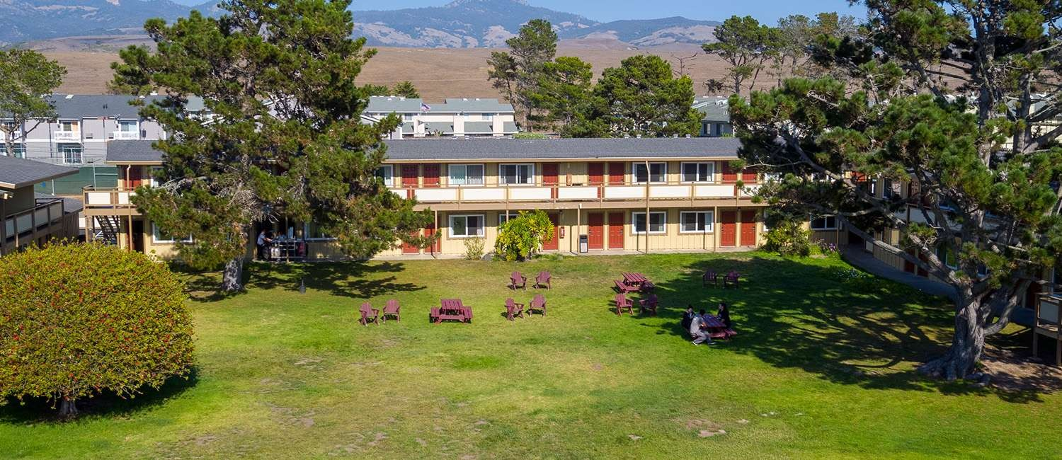 ENJOY AFFORDABLE LODGING, SELECT AMENITIES, AT OUR SAN SIMEON MOTEL